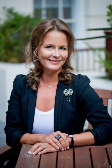 Alisa Zotimova