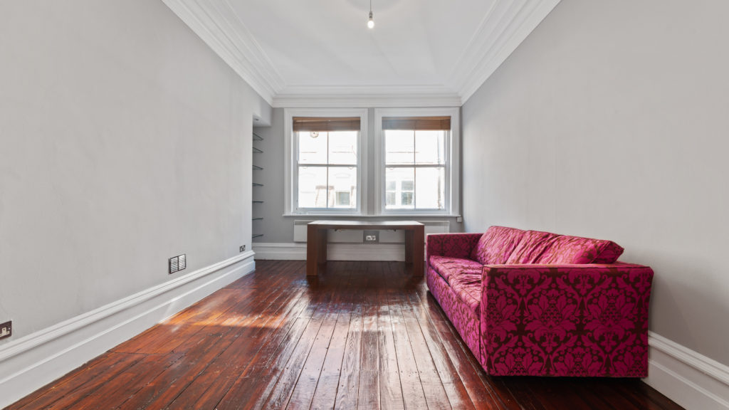 70a Bedfort Court Mansions, Bedford Ave WC1B 3AJ-01