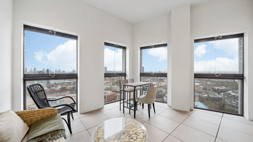 134 Conquest Tower 130, SE1 8EW-Low Res-5