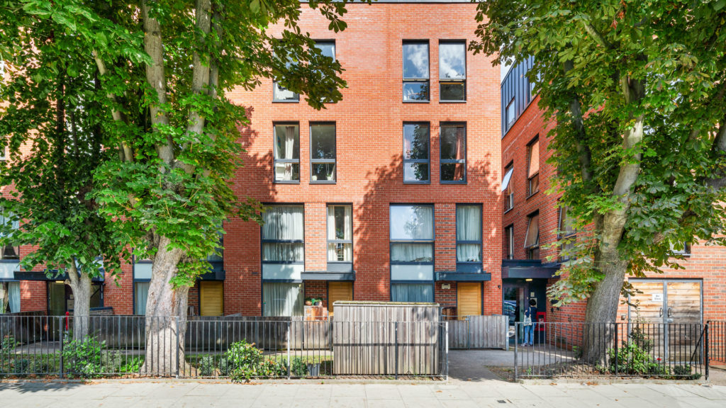 Flat 13, Waites Court NW6 3BD-Low Res-1