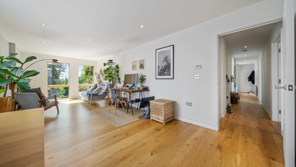 Flat 13, Waites Court NW6 3BD-Low Res-12