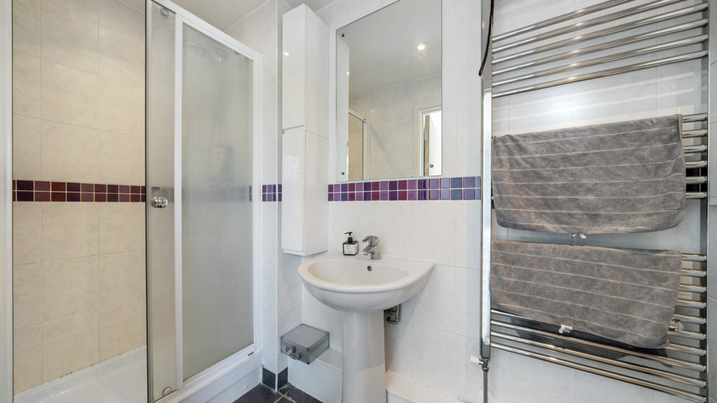 Flat 13, Waites Court NW6 3BD-Low Res-4