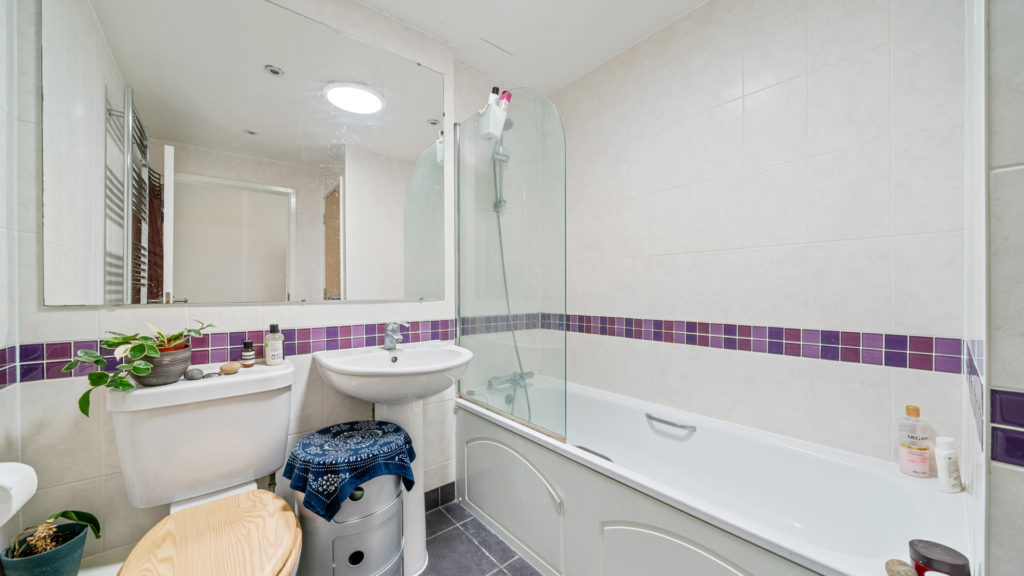 Flat 13, Waites Court NW6 3BD-Low Res-5