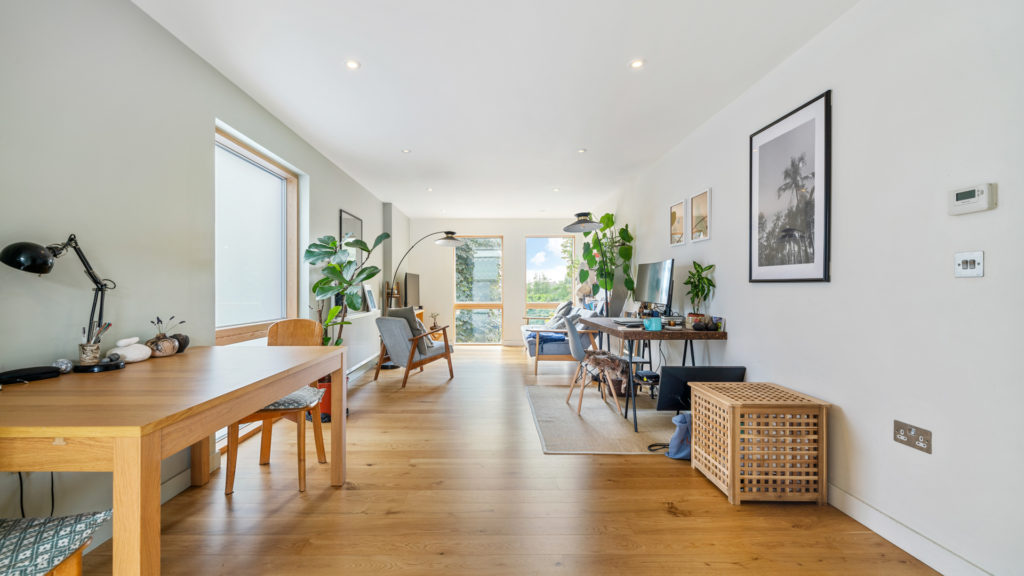 Flat 13, Waites Court NW6 3BD-Low Res-6