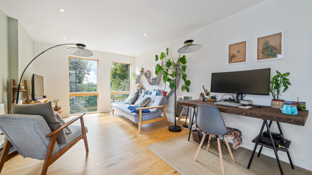 Flat 13, Waites Court NW6 3BD-Low Res-8