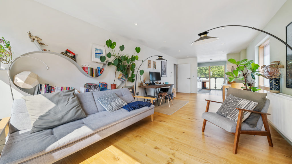 Flat 13, Waites Court NW6 3BD-Low Res-9